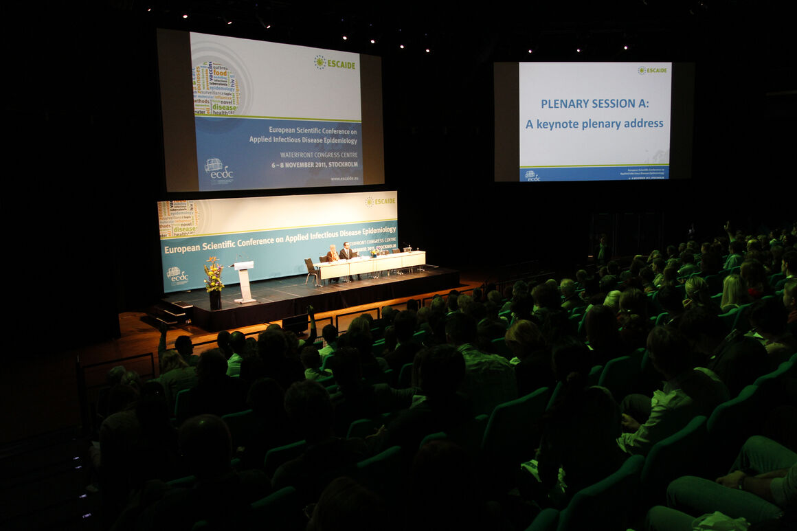 Past ESCAIDE image 8